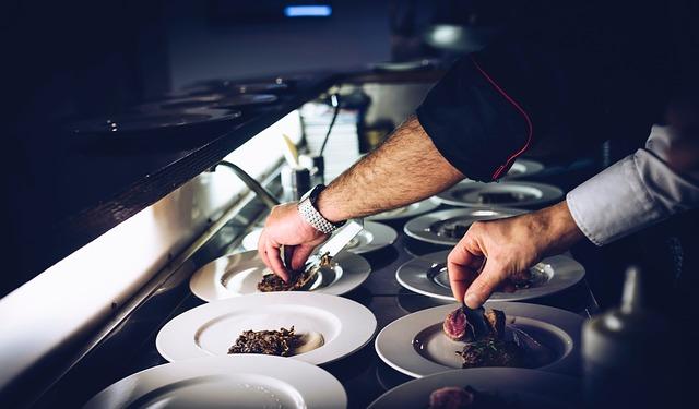 5 טיפים לבחירת מגשי אירוח לאירועים