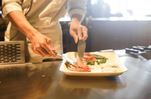איך לבחור שף פרטי עד הבית?
